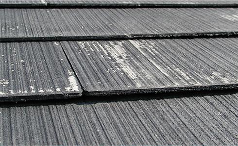 屋根材の色褪せ